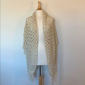 VINTAGE 70's Hippie Boho Granny crochet shawl